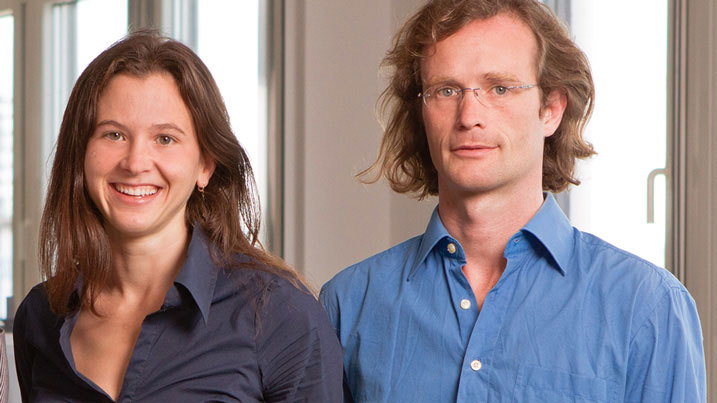 Greta und Johannes Kreuzer, die Erfinder des tragbaren Fieberthermometers für Kinderohren